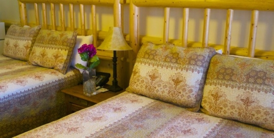 Hotel Suites in Big Bear at Fireside Lodge 001
