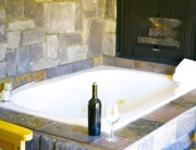 Jacuzzi Suites in Big Bear 008