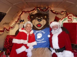 Head to The Village to take holiday pictures with Santa and Mrs. Claus @ The Village in Big Bear Lake | Big Bear Lake | California | United States